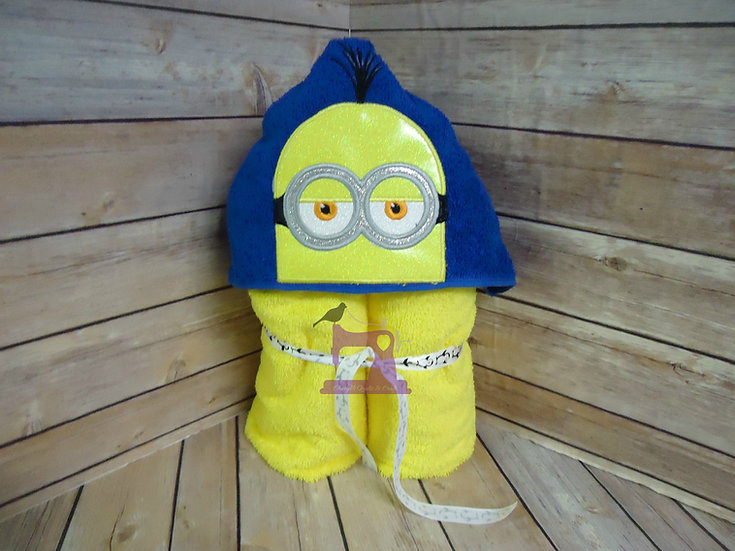 Minion Kevin Hooded Towel