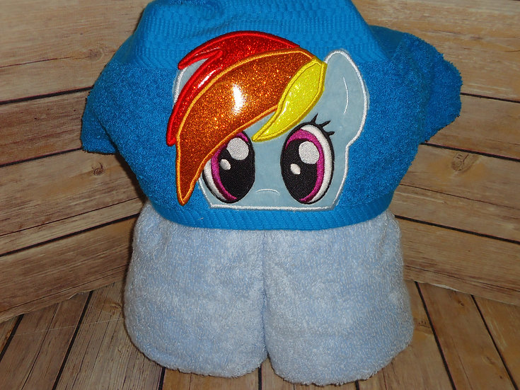 Rainbow Dash Hooded Towel
