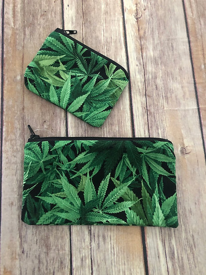Marijuana Leaves Zipper Pouch - Ready to Ship