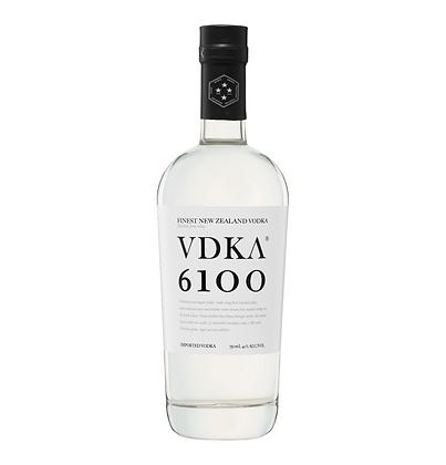 Vdka 6100 700ml