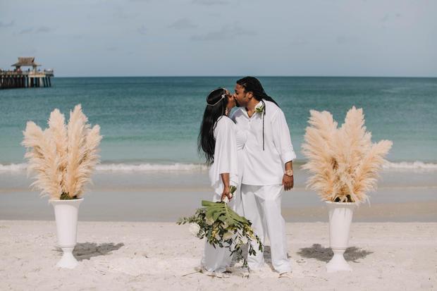 elopement at the beach
