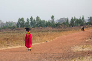 _I8A2908 Woman in red.jpg