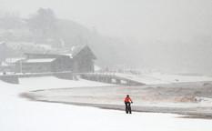 Snow Patrol by Peter Hyett
