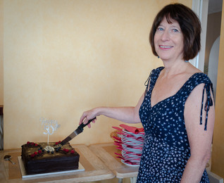 Stella  who made the cake