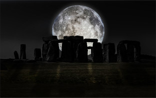 Moonrise by Ian Bateman