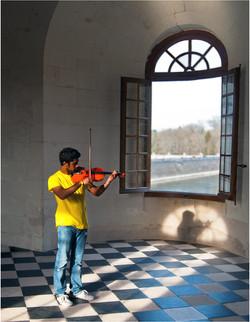 01 Chateau Music