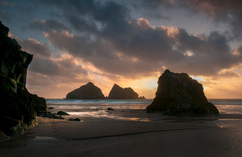 BETWEEN THE ROCKS - HOLYWELL BAY.jpg