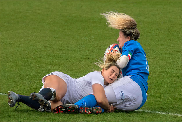 Great Tackle by Mo Martin