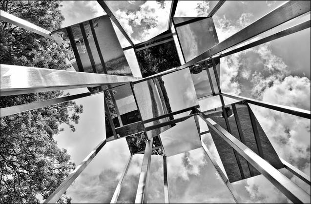 H/c - Mirrow Views by Caroline Ovens