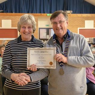 Mo Martin receiving certificate