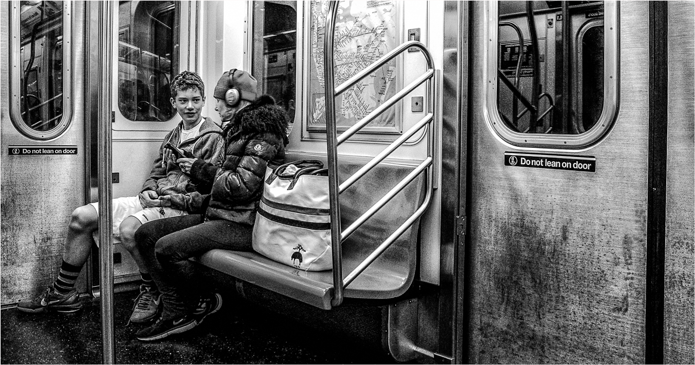 Subway Chat