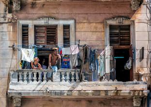 Cuban Wash Day by Mo Martin
