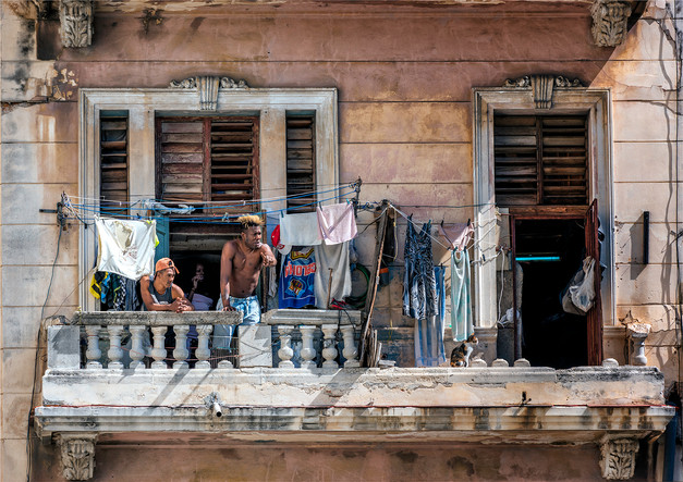 Cuban Wash Day by Mo Martin