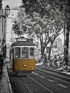 Lisbon Street Car.jpg