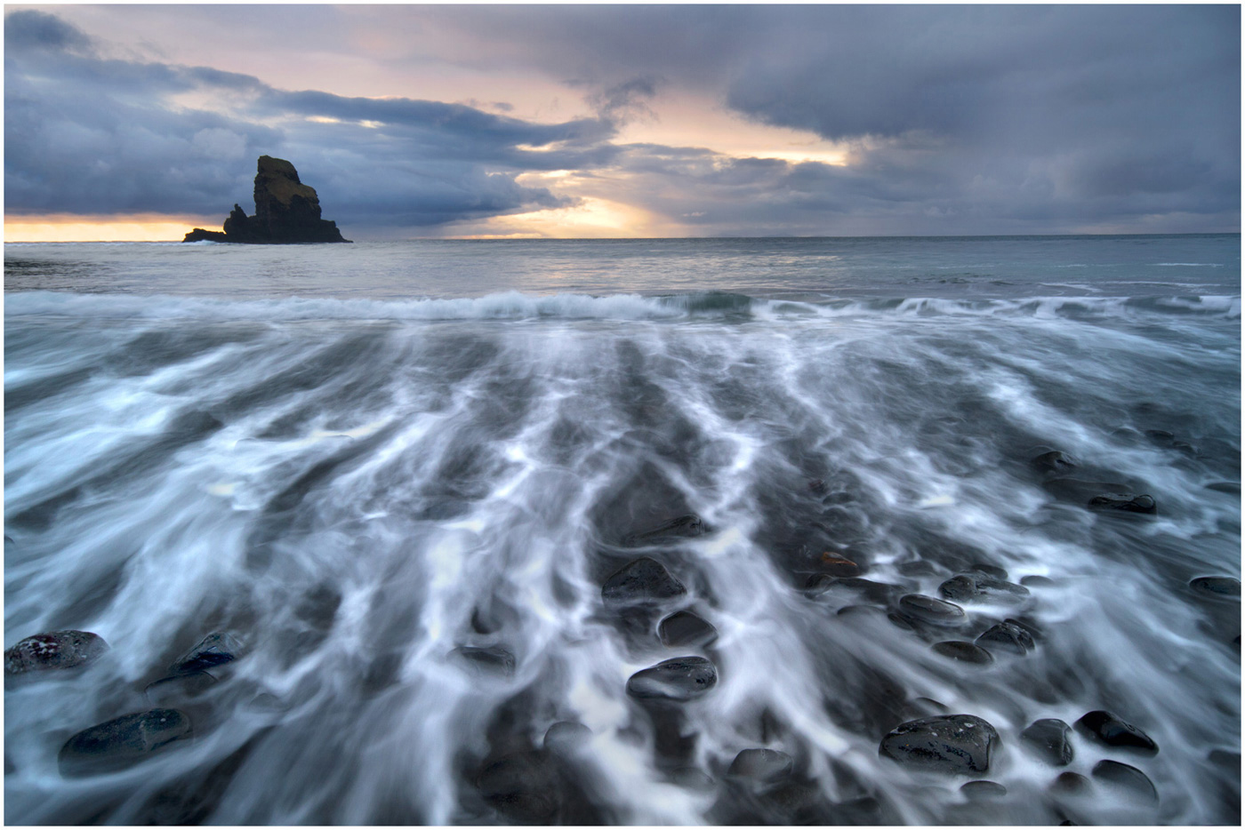 14 Incoming Tide at Talisker Bay