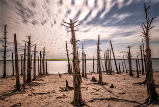 Colliford Reservoir by Mo Martin