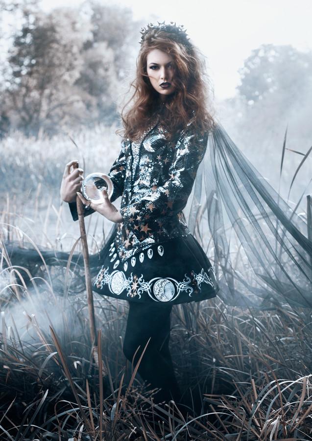 04.Bella_Kotak_20.Samhain.jpg