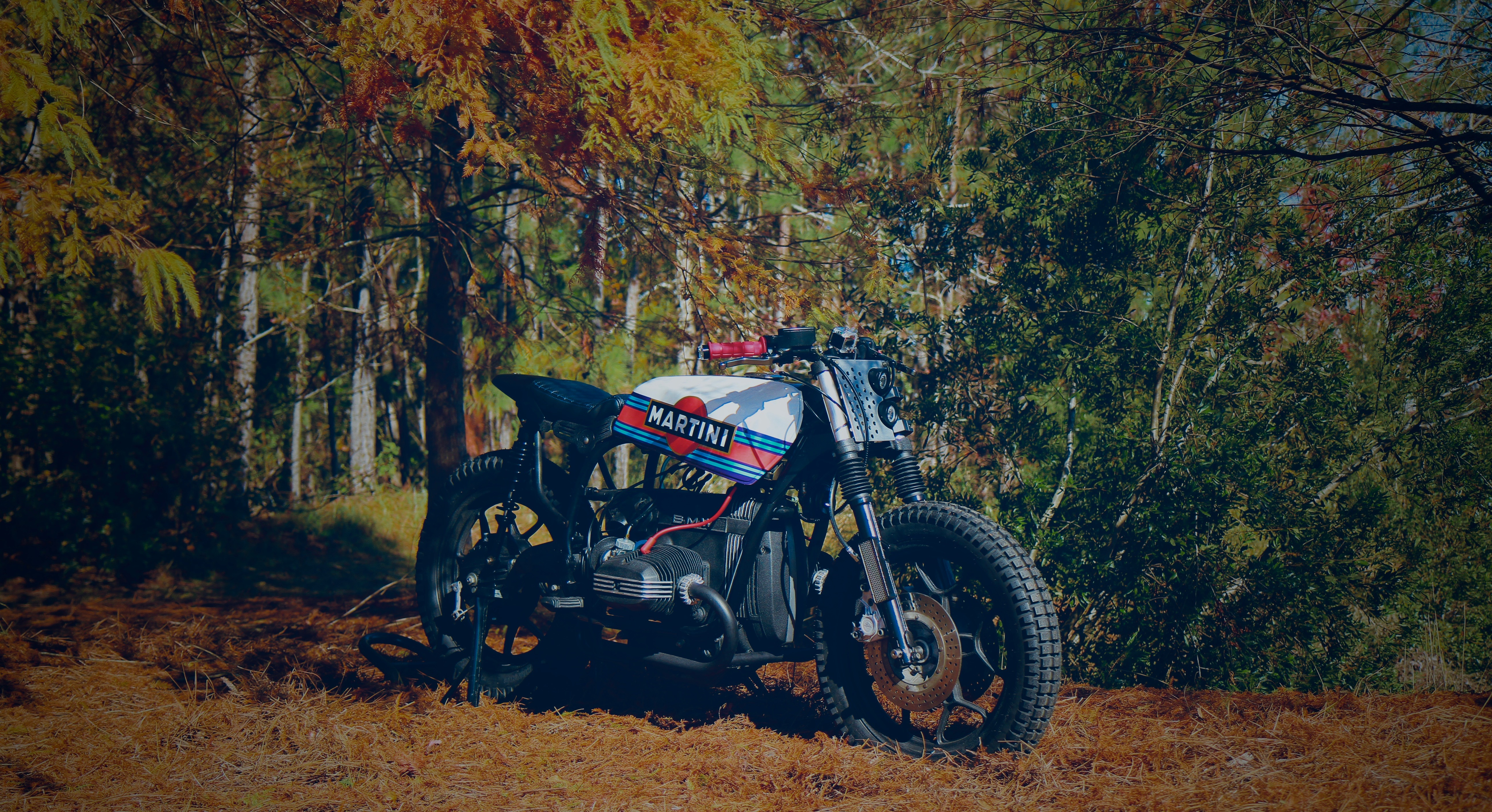 Magnum Opus | Custom Built Motorcycles | Land Rover Defender |