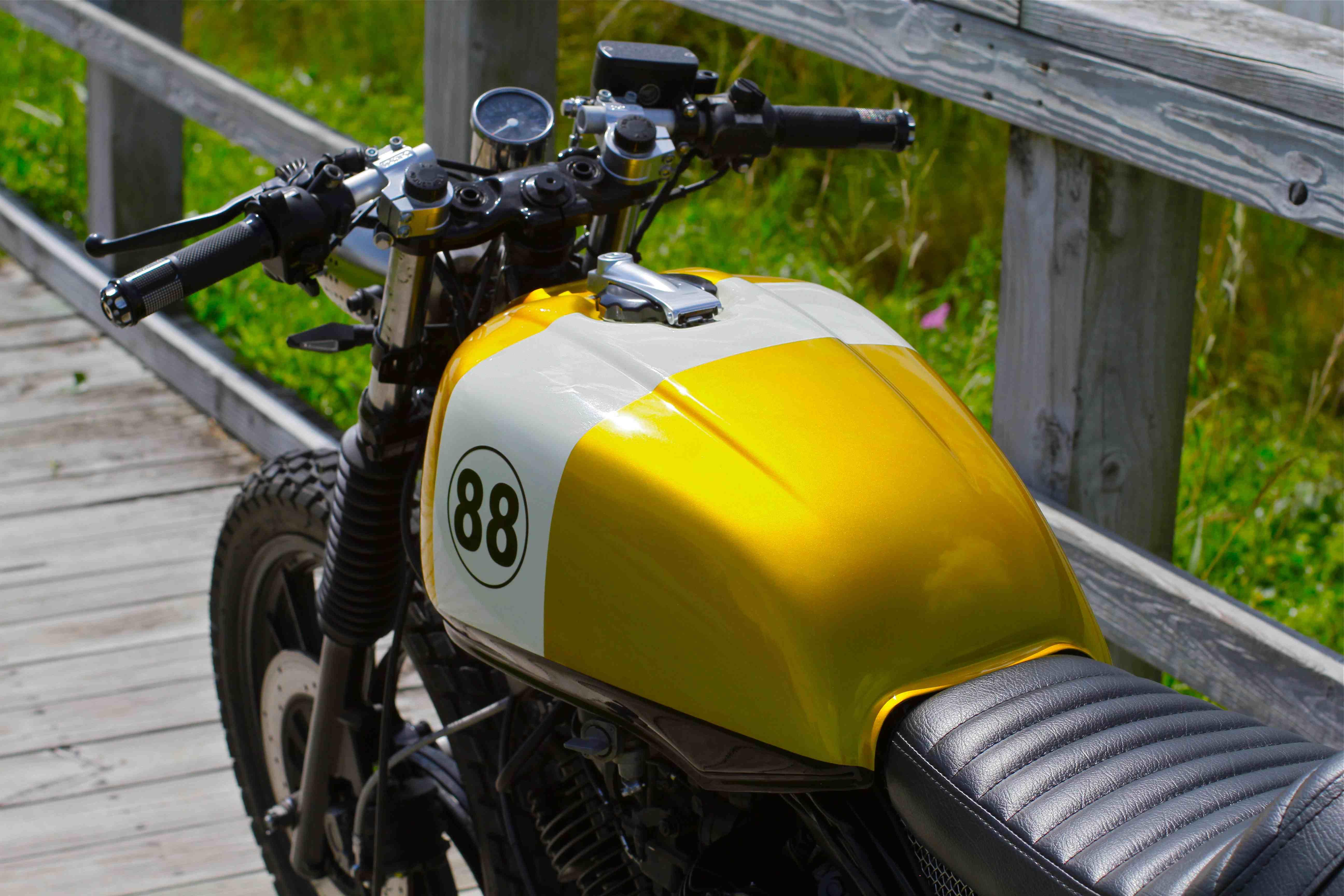 Yamaha XV750 Tracker