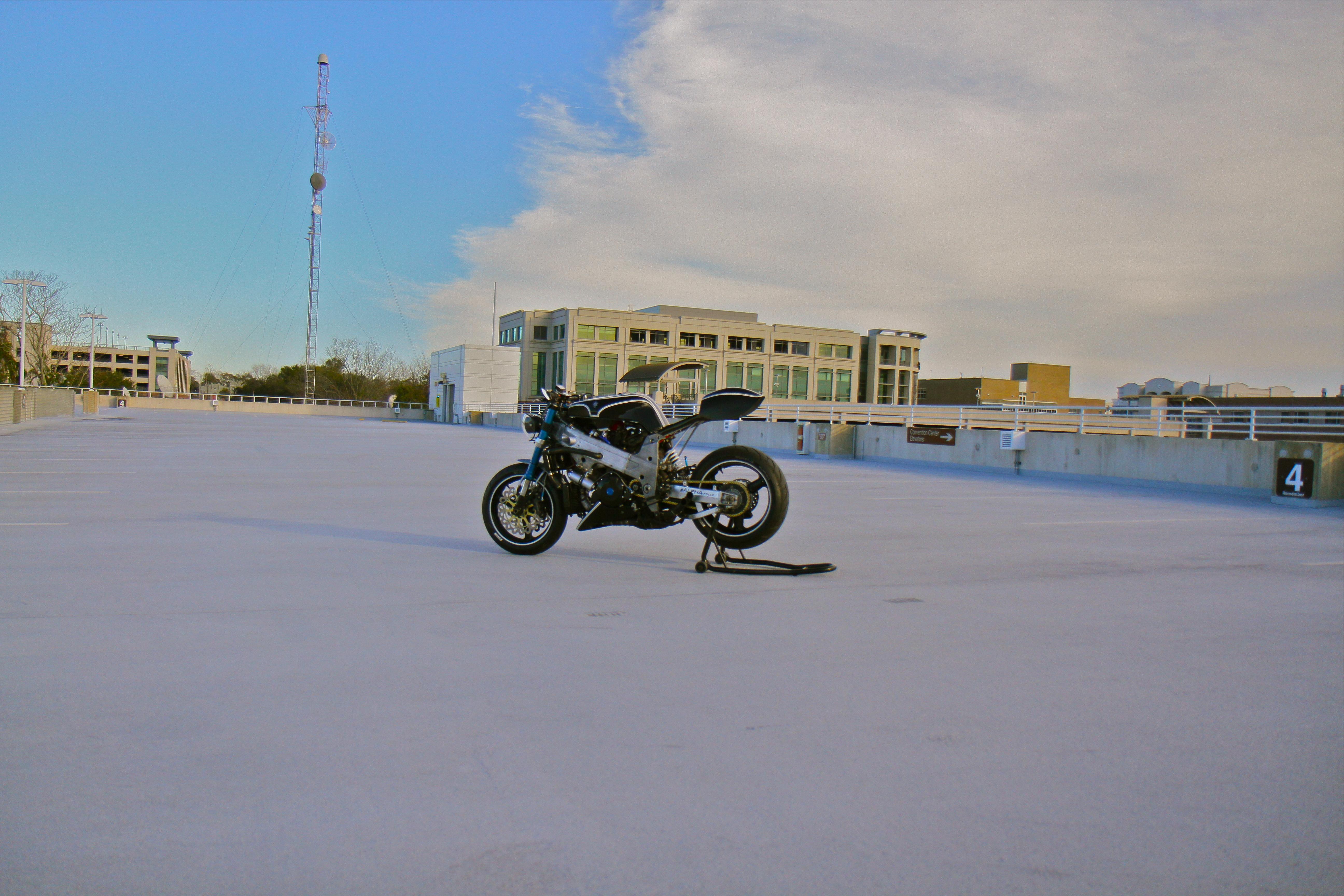Suzuki TL1000R V-Twin