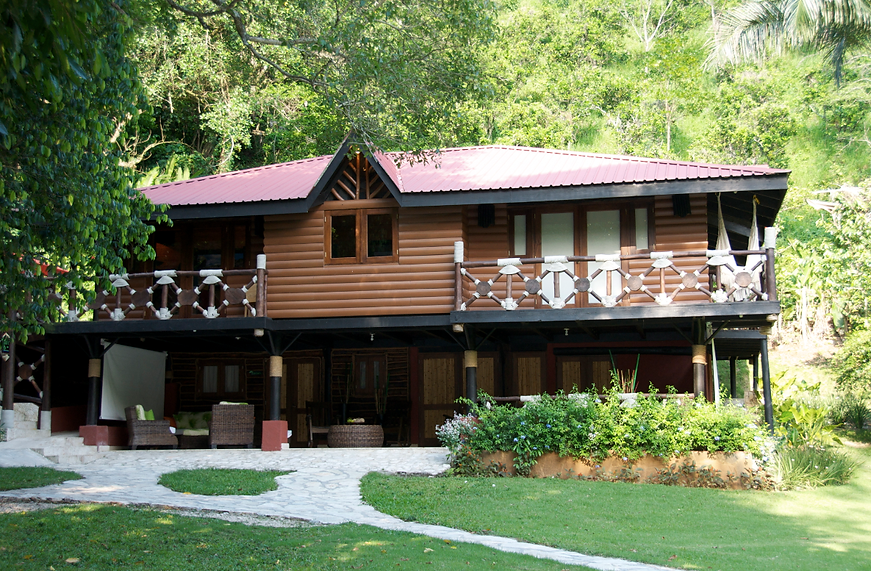 Cascade Lodge Front