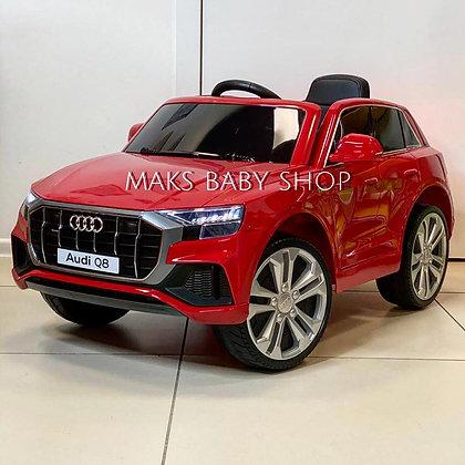 Электромобиль Audi Q8