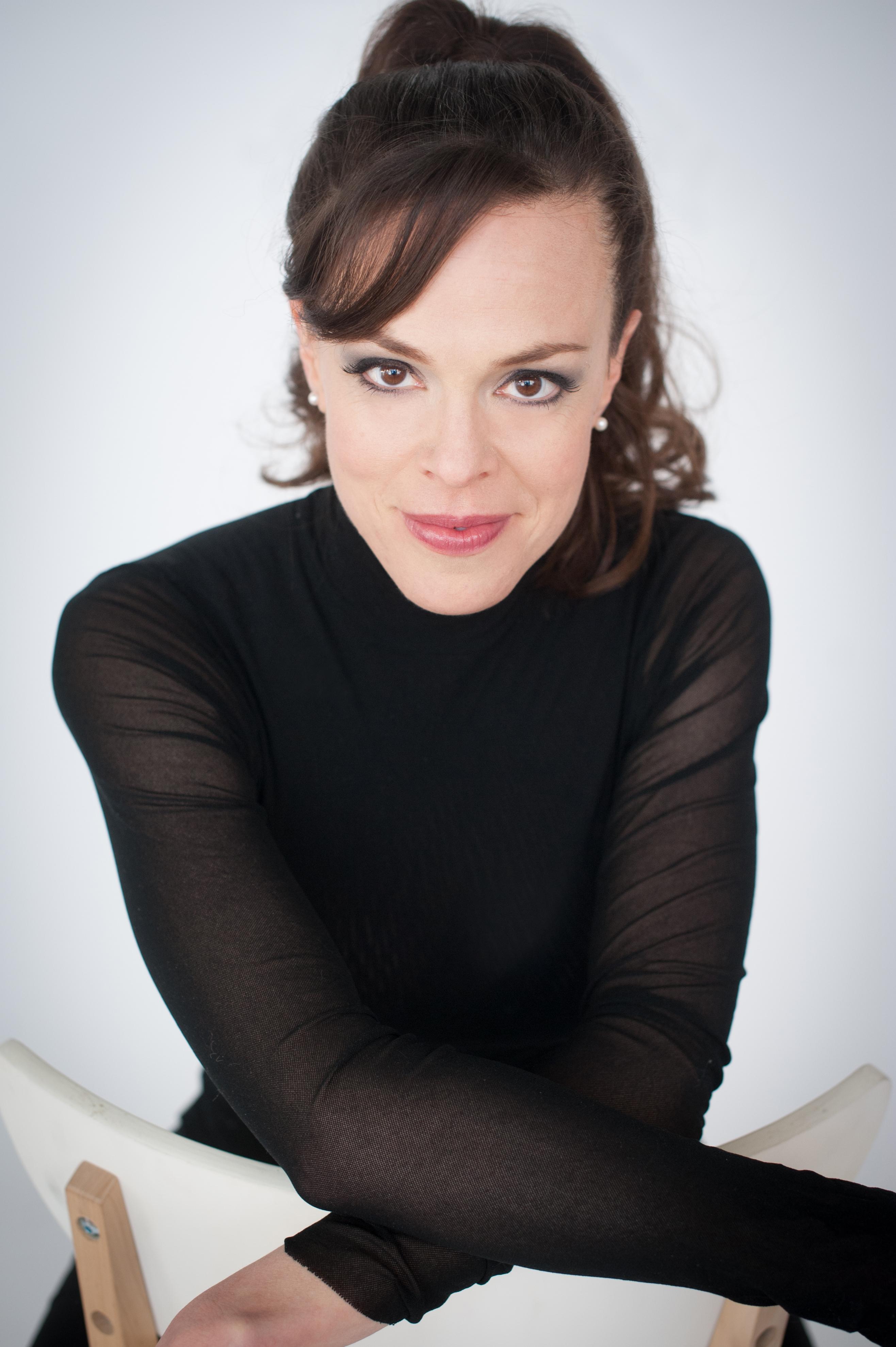 Jennifer DeDominici headshot