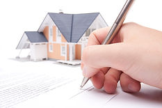 Home Insurance Adjuster writing a partial approval for a repair claim