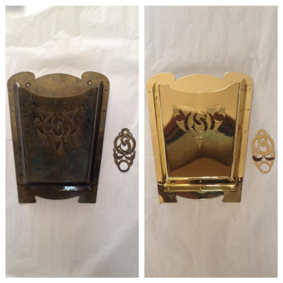 Before/after mailbox with bell plate
