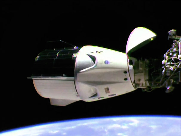 SpaceX_Crew_Dragon_Demo-1_Successfully_D