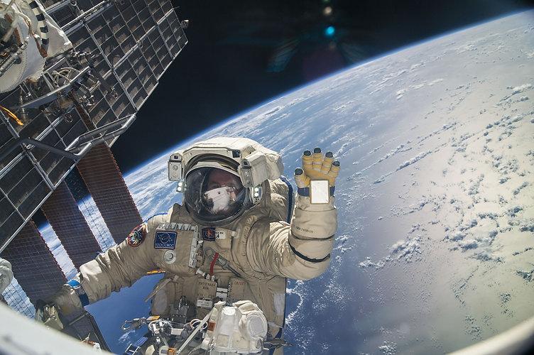 astronaut-634005_1920.jpg