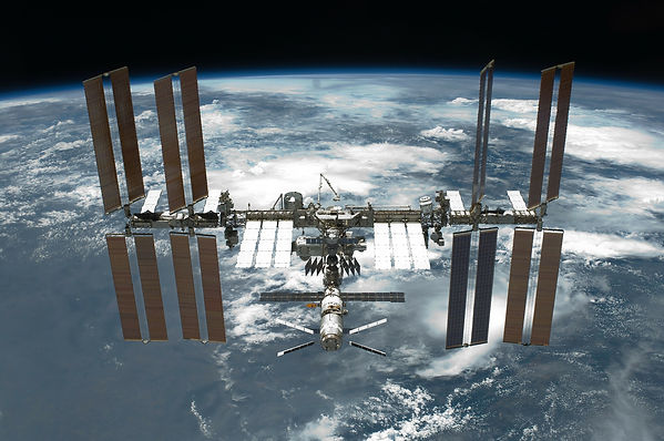 international-space-station-67647_1920.j