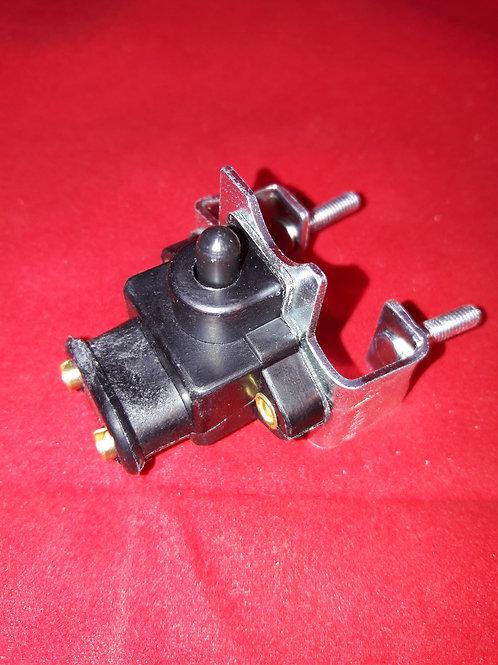 Brake light switch -LAMBRETTA 2-plug- LI (1963-), LIS, SX, TV (1963-), DL, GP