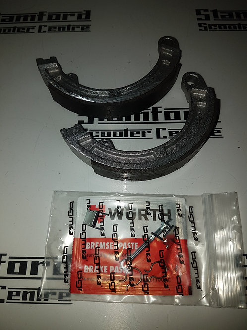 BGM Vespa Brake Shoes 125mm x 17mm single pin smallframe VBB Super Sprint