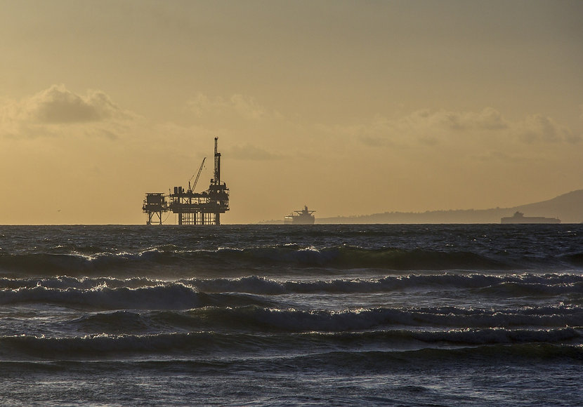 oil-platform-484859_1920.jpg