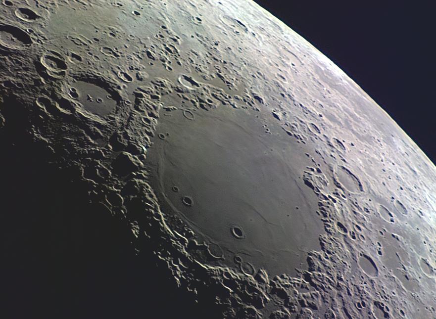 Moon_29042017_ZWO ASI120MC_19h10TU