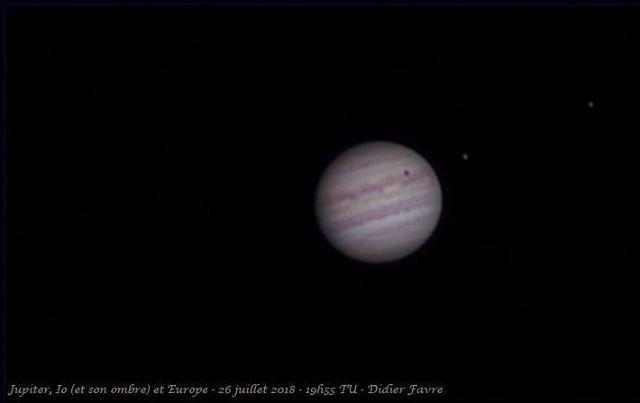 Le satellite Io a projeté son ombre sur