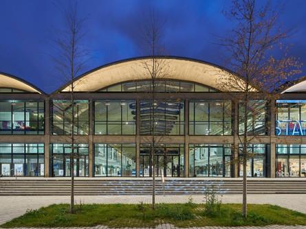 MFE06 - Rénovation des installations d'éclairage tertiaires et industrielles