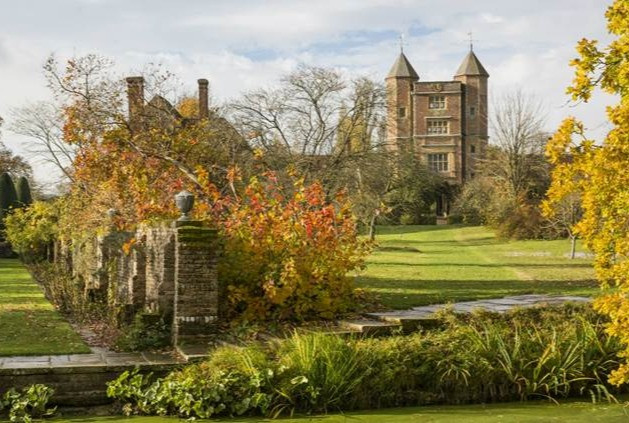 Sissinghurst Castle in Kent is the perfect autumnal day trip retreat