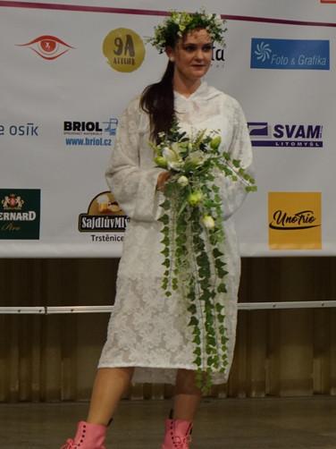 Weisses Kleid Messe Litomysl