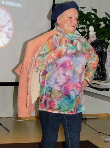 Jacke/Bluse Modeevent Münsingen
