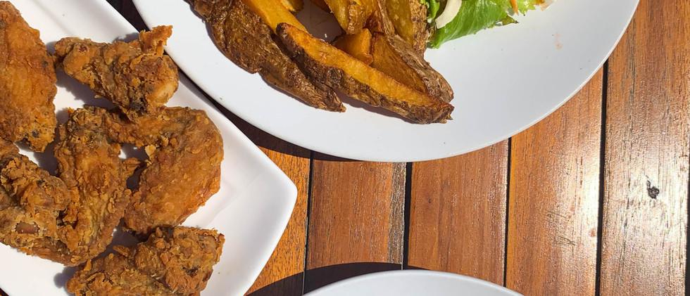 Burger, Wings & BBQ Chicken Mac & Cheese