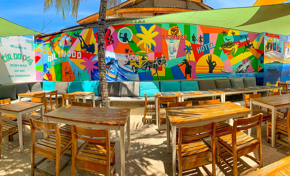 A painted wall full of color and all things Gili Trawangan