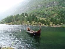 viking boat.JPG