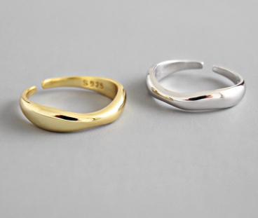 Lone Ring