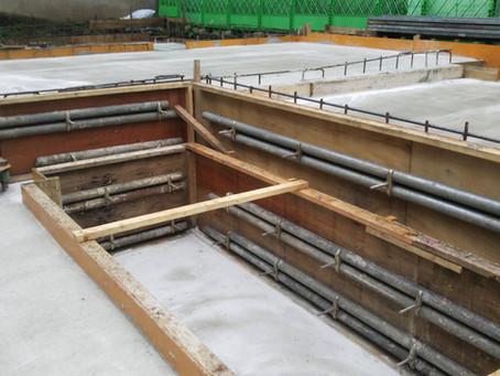 基礎コンクリートの打設後翌日