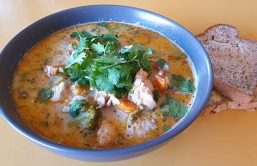 Thai green curry and chicken.jpg
