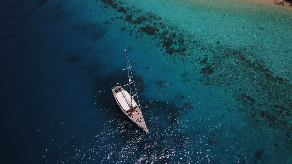 Sail to exotic locations with Sailing Yacht COCAL