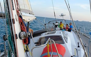 Sailing on S.Y. COCAL