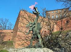wawel-dragon-statue-krakow-poland-breath